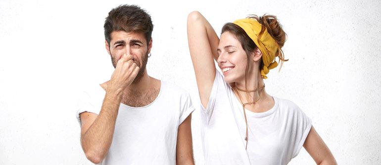 ワキガと多汗症の違いとは?ニオイのチェック方法【決定版】