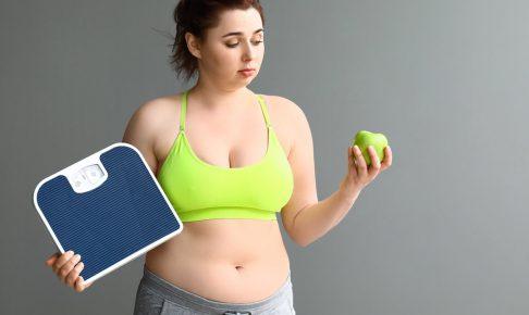 ダイエットのリバウンドに悩む女性